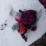 Lapsia lumessa.
