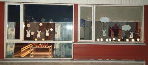 jouluinen ikkunakoristelu, pupuja