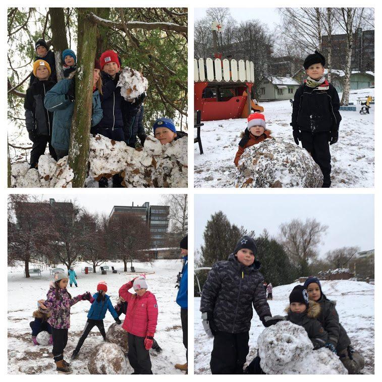 åk 2 leker i snön
